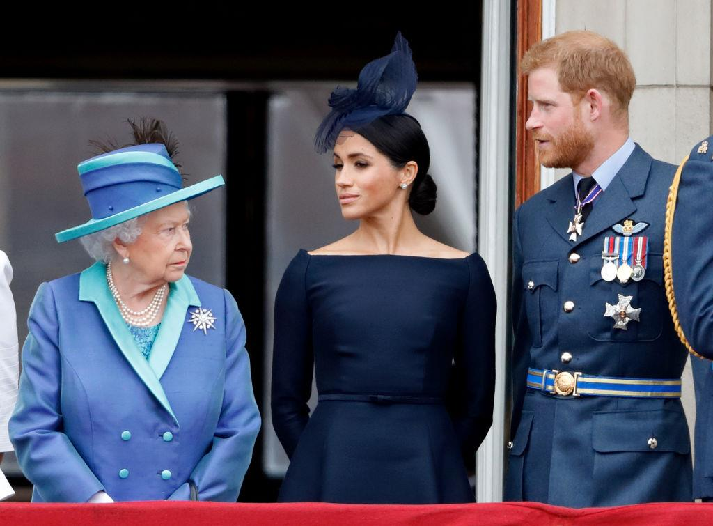 3830589324796210 Queen-Elizabeth-Meghan-Markle-Prince-Harry-2