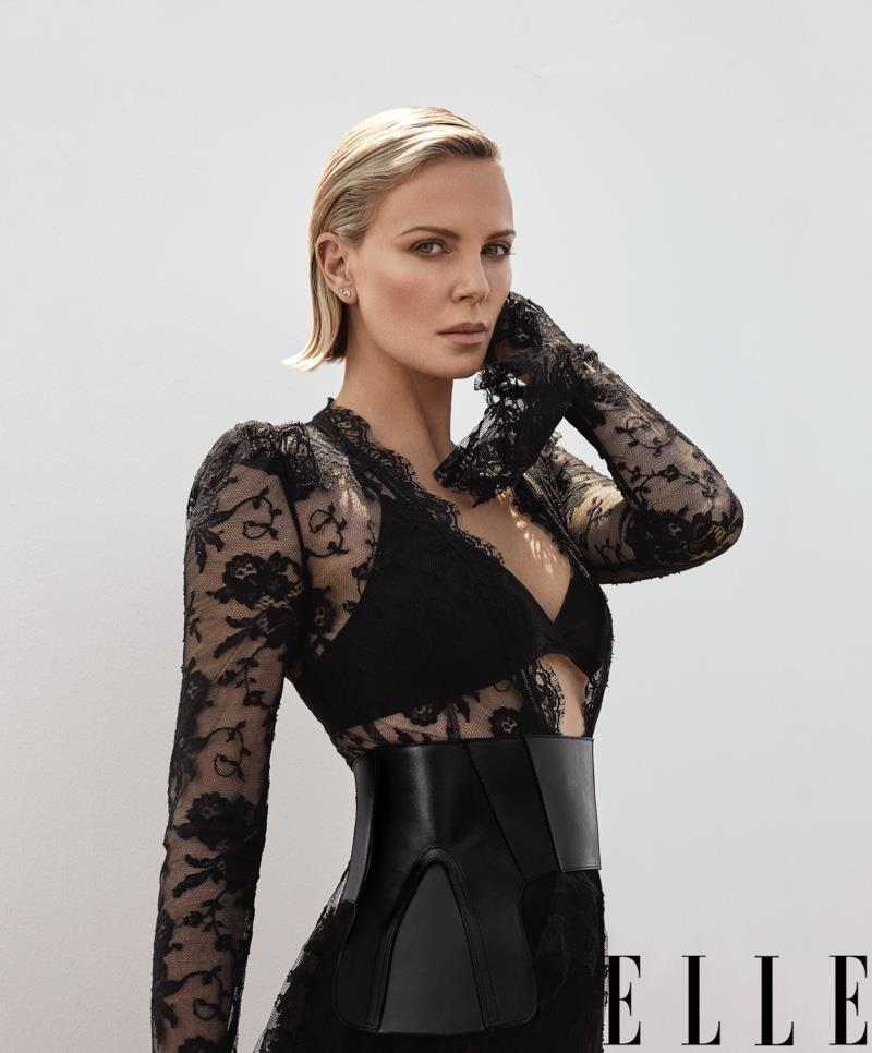 3907437534276031 Charlize-Theron-ELLE-Cover-PHotoshoot04